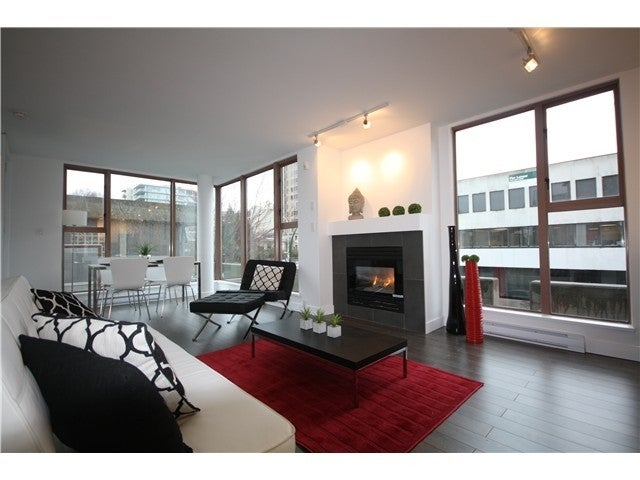 # 305 1633 W 8TH AVE. Vancouver BC - Fairview VW Apartment/Condo for sale, 2 Bedrooms (V1056402) #4